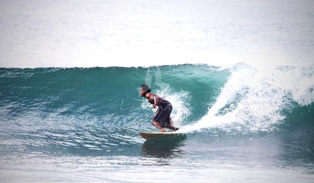Sri Lanka surfing photo