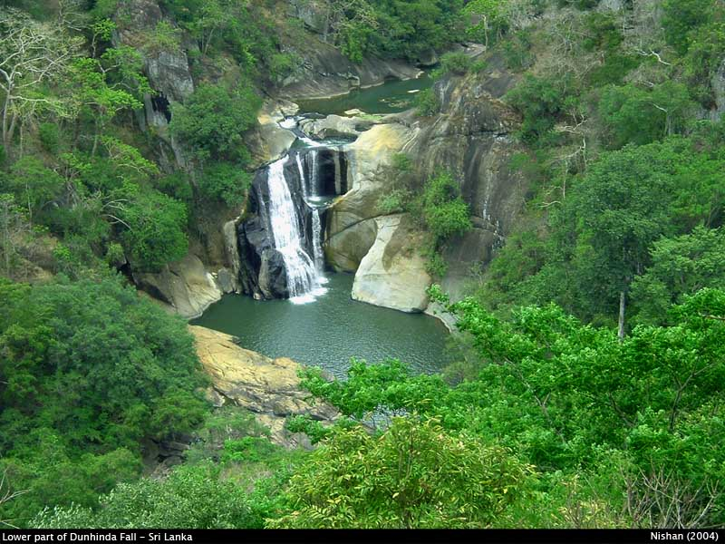 Dunhinda Waterfall