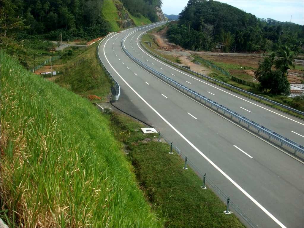 Southern Expressway is one of the most beautiful highways in Sri Lanka