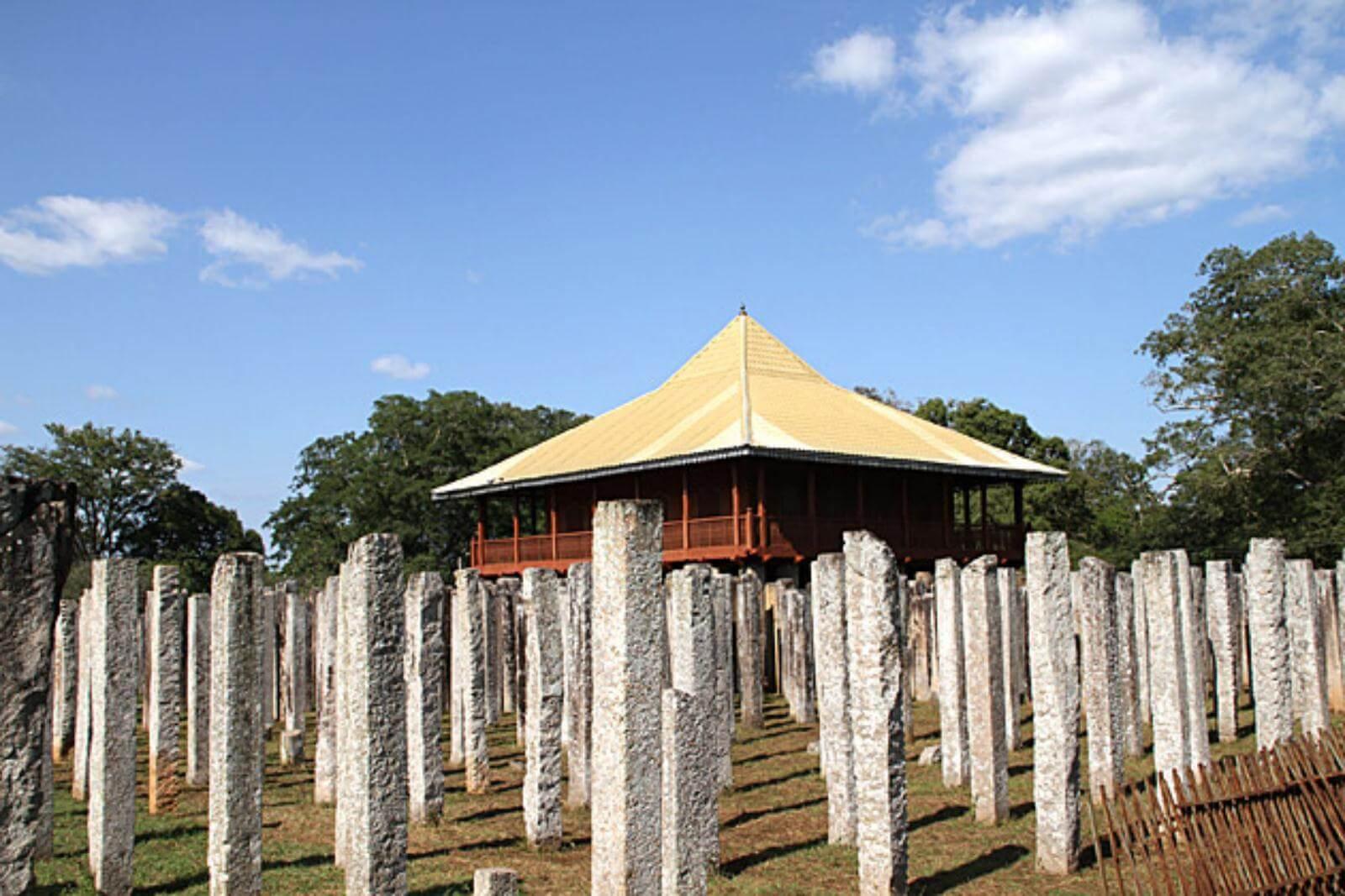 4.Visit to Lovamahapaya