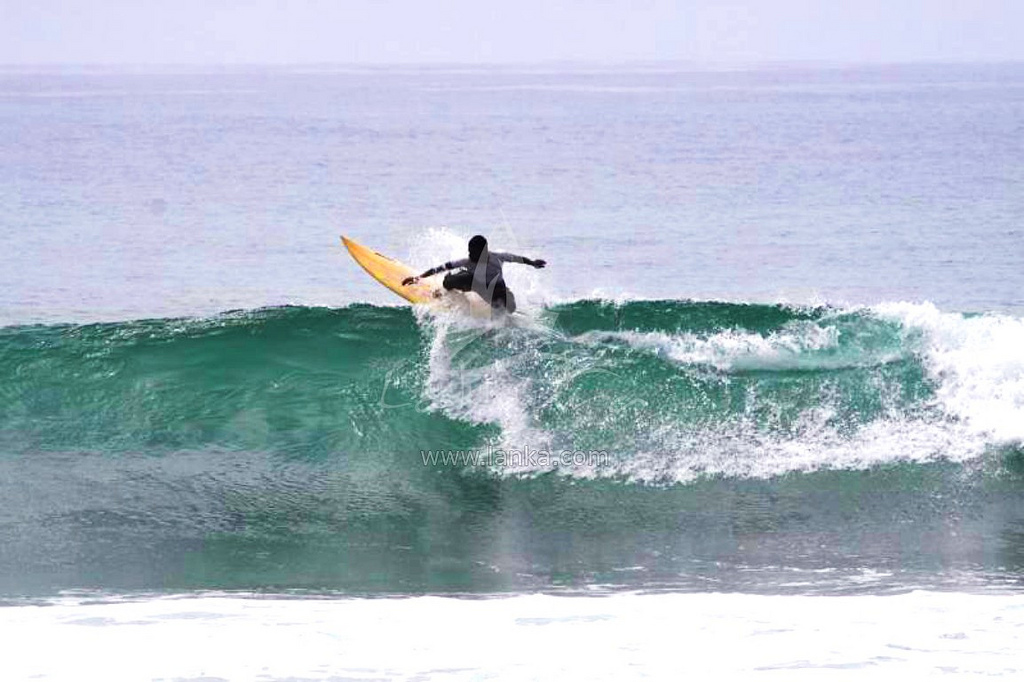 Sri Lanka Surfing photo