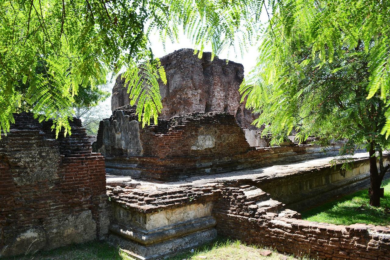 Polonnaruwa photo
